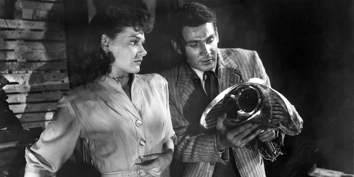 Gene Barry and Ann Robinson in The War of the Worlds