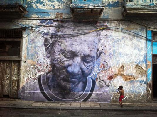 Street art: JR