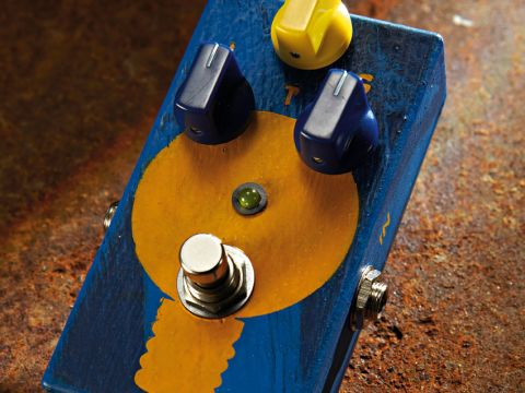 The JAM TubeDreamer 72 enables you to ramp things up while keeping tone consistent.