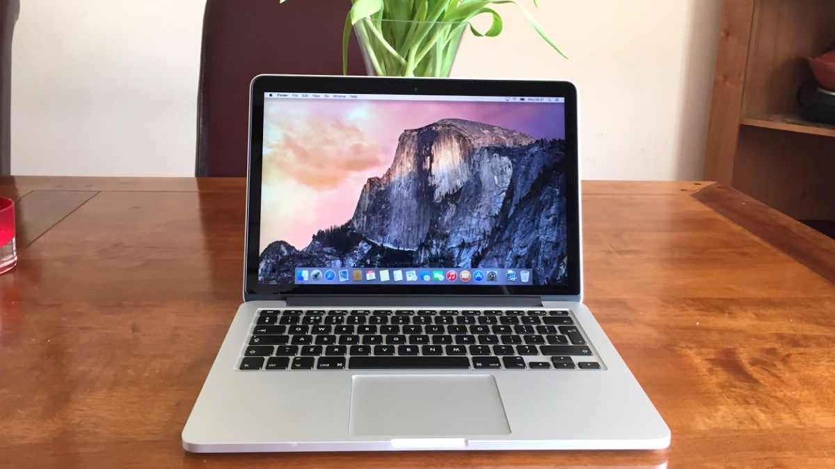 Apple to put a dynamic, transforming e-ink keyboard in the 2018 MacBook | TechRadar