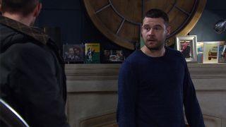 Pete tells Aaron Dingle Rebecca won't let Seb visit anymore in Emmerdale