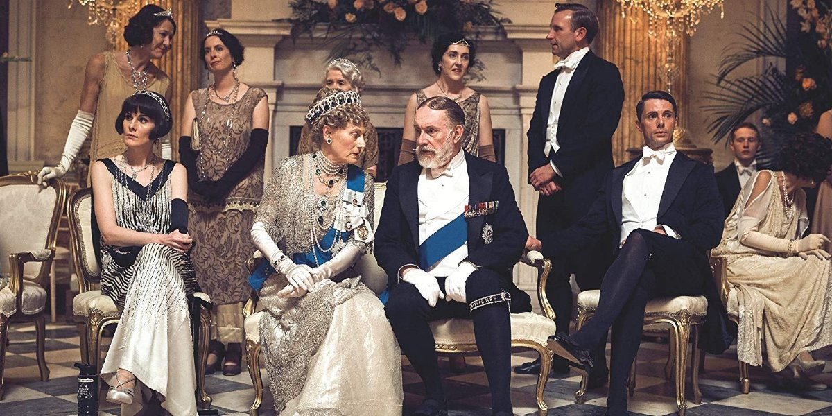 Downton Abbey Mary and Henry flank the King and Queen at a dinner party
