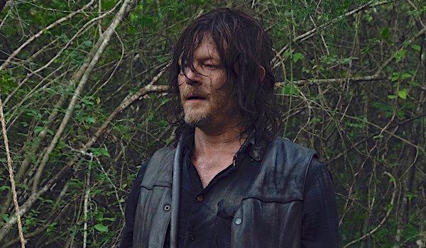 daryl in the woods the walking dead season 9