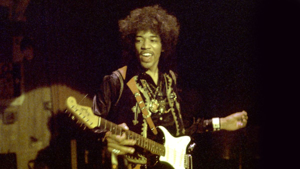 See rare footage of Jimi Hendrix and Buddy Guy jamming onstage
