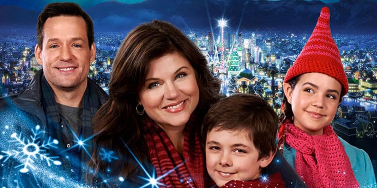 Tiffani Thiessen, Josh Hopkins, Bailee Madison in Northpole on Hallmark Channel