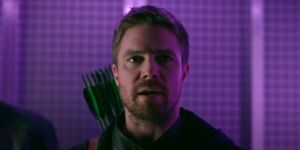 Former Arrow Star Stephen Amell Reacts To First Look At Jeremy Renner's Hawkeye TV Show