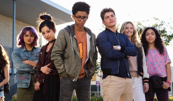 Marvel's Runaways defiant cast line-up