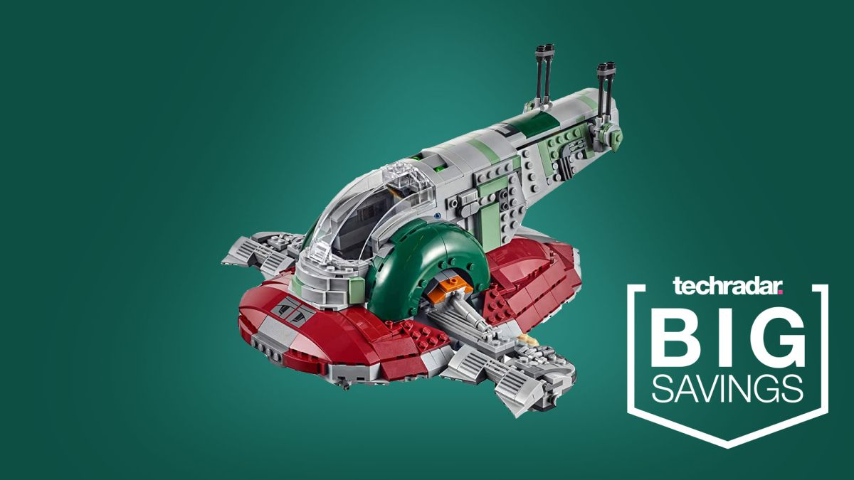 This Lego Black Friday deal slashes the price of the coolest Lego Star Wars ship