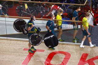 Tokyo 2020 Olympic Games - Olimpiadi Tokyo 2020 - Izu Velodrome - Cycling Track Day 1 - 02/08/2021 - Men's Team Pursuit - Crash - Australia - photo Luca Bettini/BettiniPhoto©2021