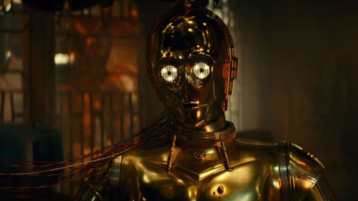 Anthony Daniels teases C-3PO's journey in Star Wars: The Rise of Skywalker and talks red eyes