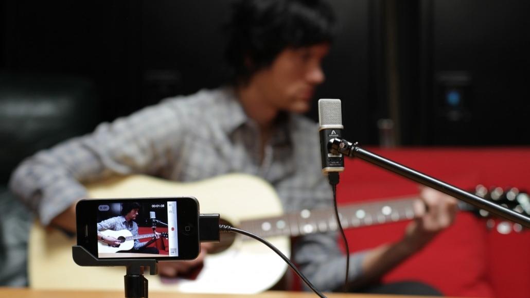 8 of the best third-party iOS microphones   TechRadar