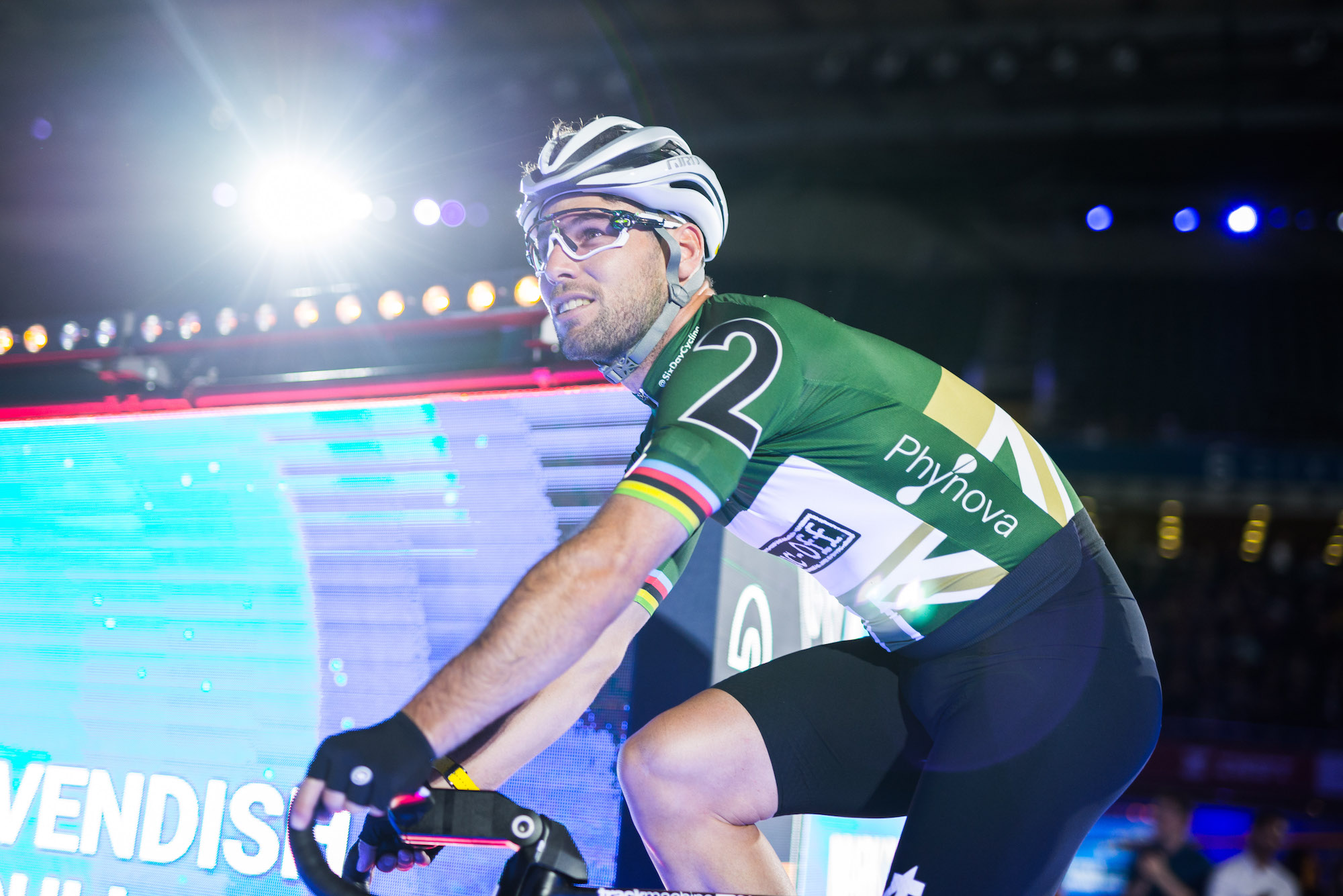 Mark Cavendish's chances of riding Olympics are diminishing, says British Cycling coach