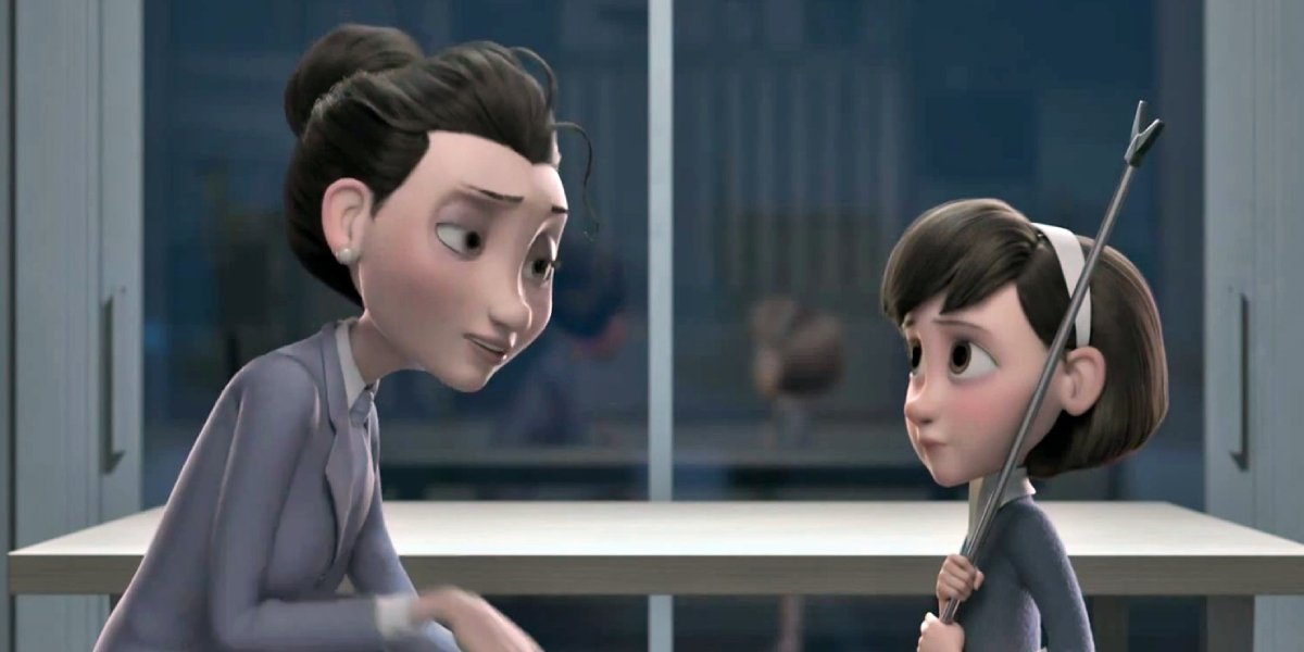 Rachel McAdams and Mackenzie Foy in The Little Prince