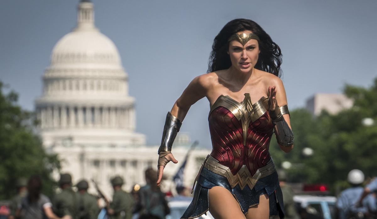 Diana Prince running in Wonder Woman 1984