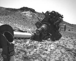 Curiosity's Arm on Sol 915