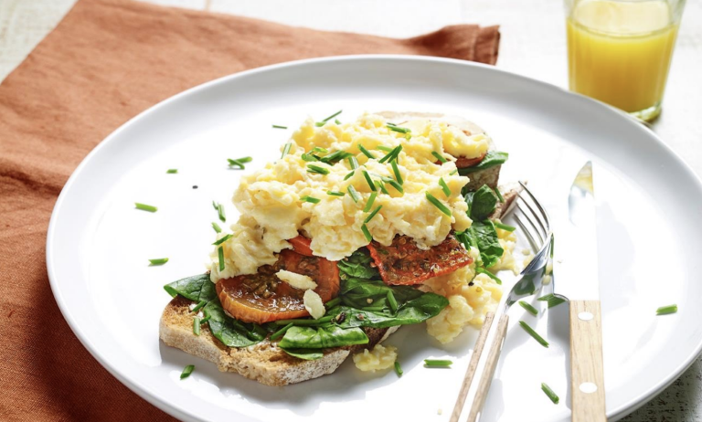 Healthy scrambled eggs