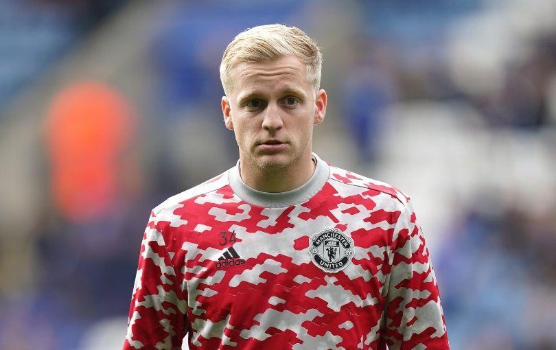 Manchester United transfer news: Ole Gunnar Solskjaer denies that Everton bid for Donny van de Beek