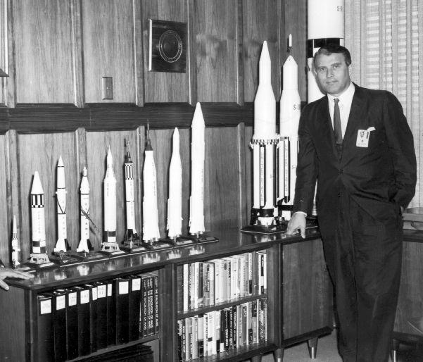 Wernher Von Braun Rocket Pioneer Biography Quotes Space