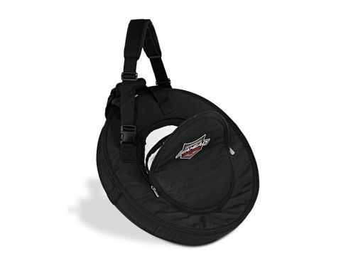 The Armor cymbal bag can accommodate up to 11 cymbals.