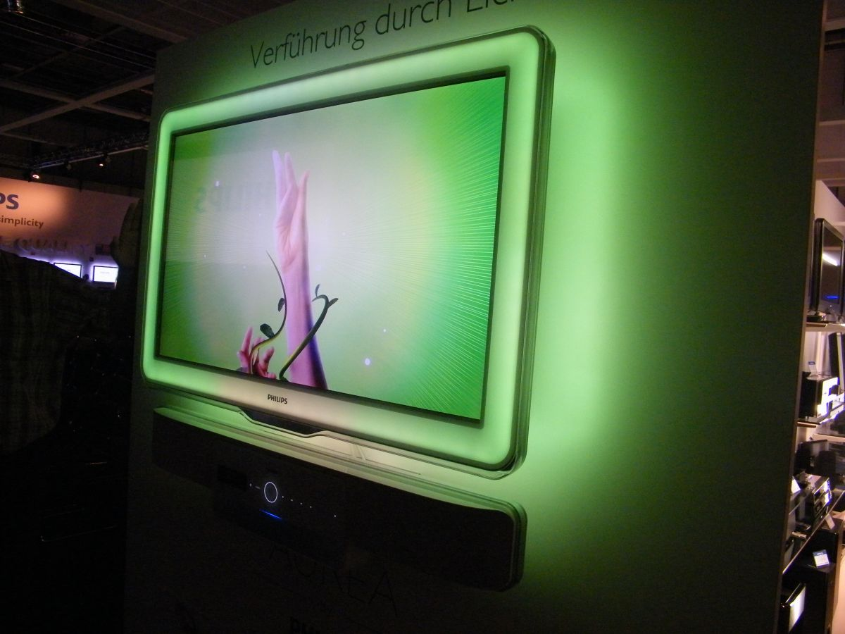 pictures philips aurea and net tv techradar. Black Bedroom Furniture Sets. Home Design Ideas