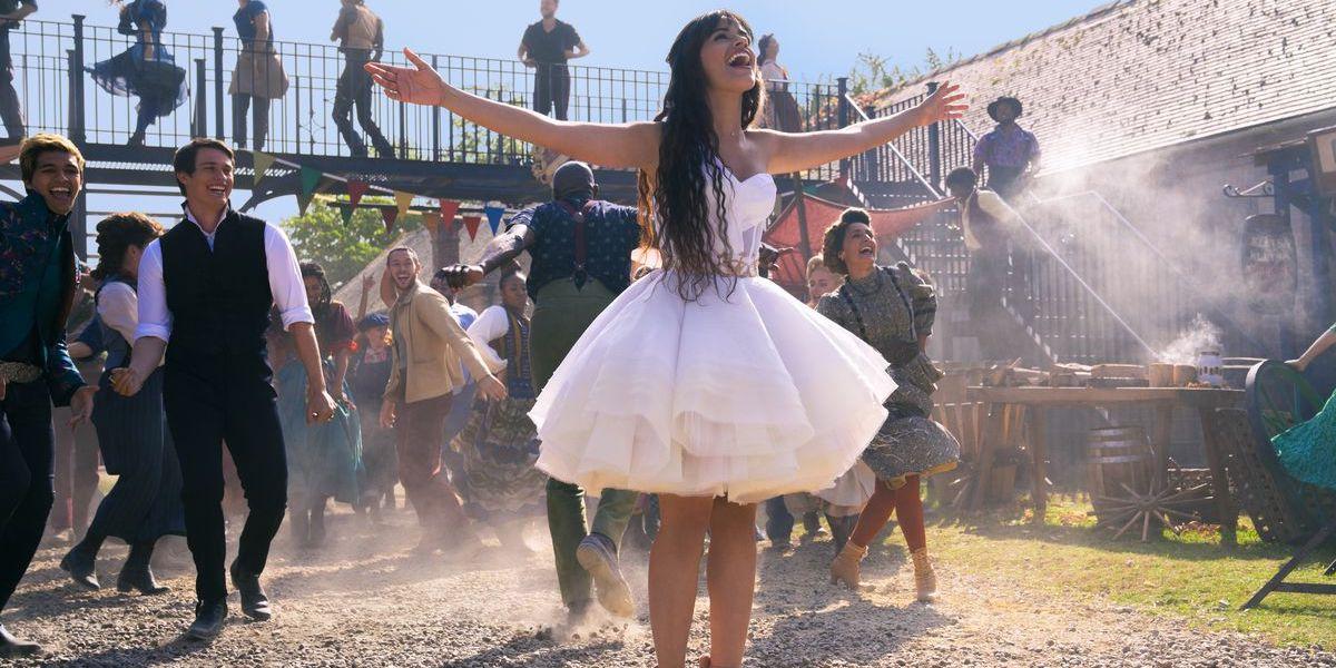 """Camila Cabello """"Let's Get Loud"""" scene, Cinderella"""