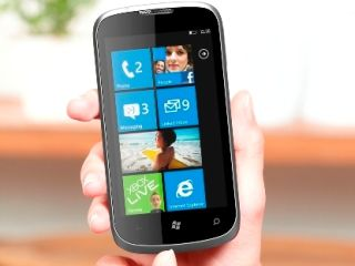 ZTE Orbit announced, packs Windows Phone
