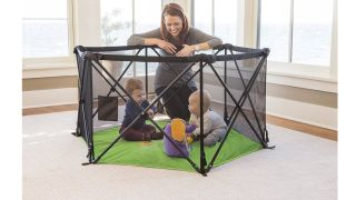 Indoor playpen