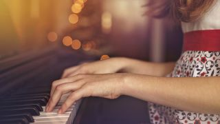 Playground Sessions offers up some unmissable Christmas deals on online piano lessons