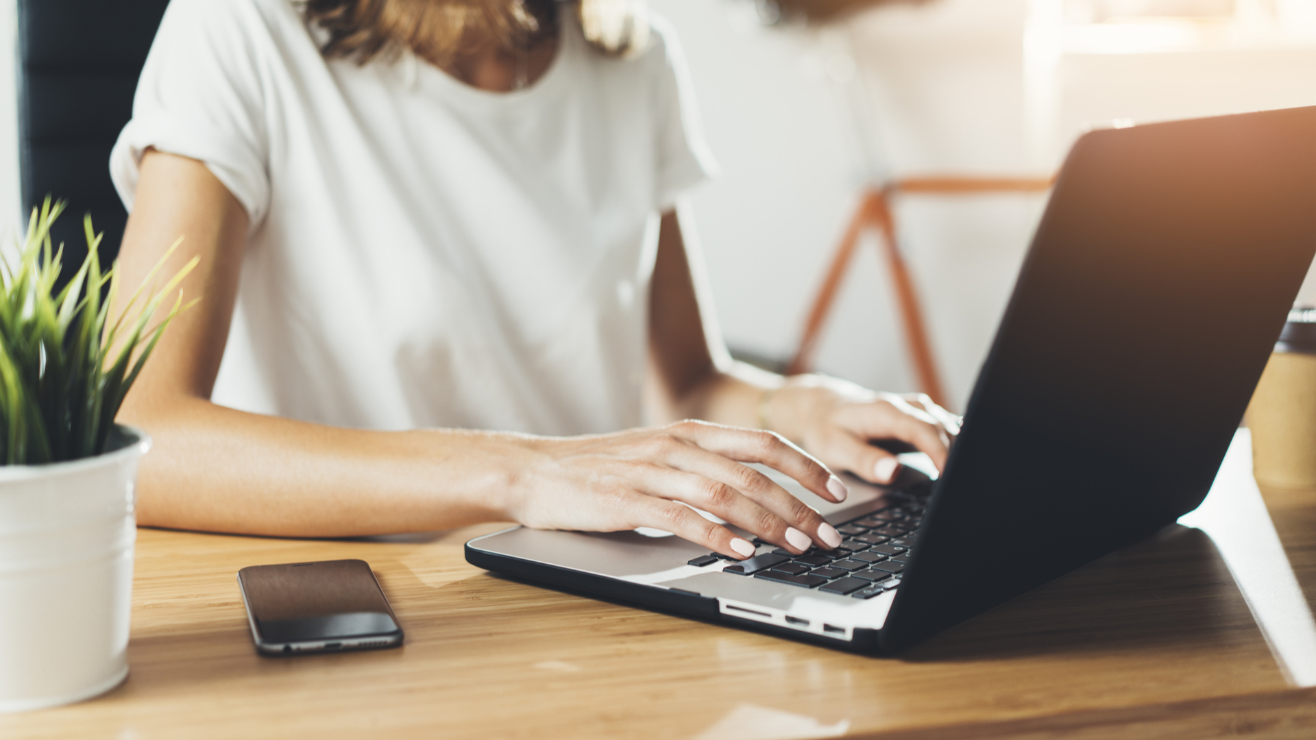 How do I connect my laptop to the TV? | TechRadar