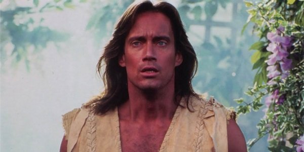 Kevin Sorbo in a garden as Hercules.