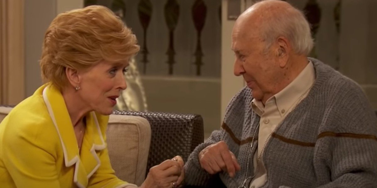 Holland Taylor as Evelyn Harper and Carl Reiner as Marty Pepper on Two and a Half Men (2014)