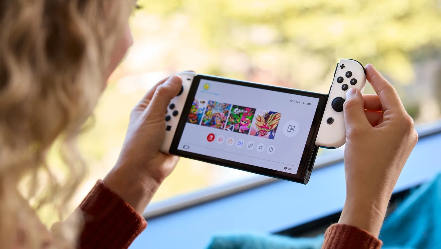 """Nintendo Switch OLED review: """"Clearly the best version, but complicated to recommend""""   GamesRadar+"""