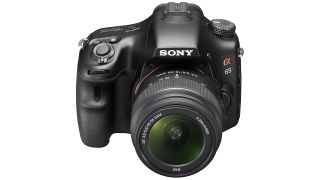 Sony drops DSLRs and focuses on mirrorless cameras