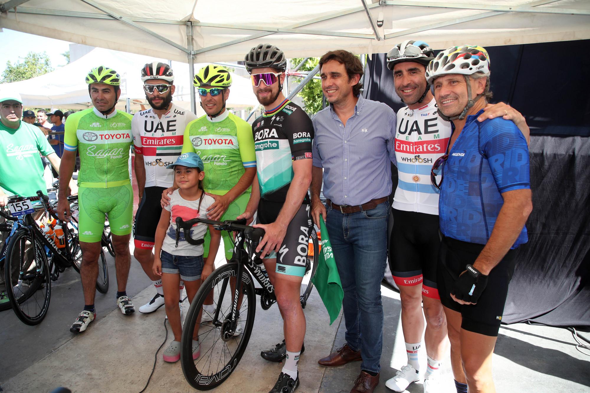 Fernando Gaviria, Max Richeze and Peter Sagan