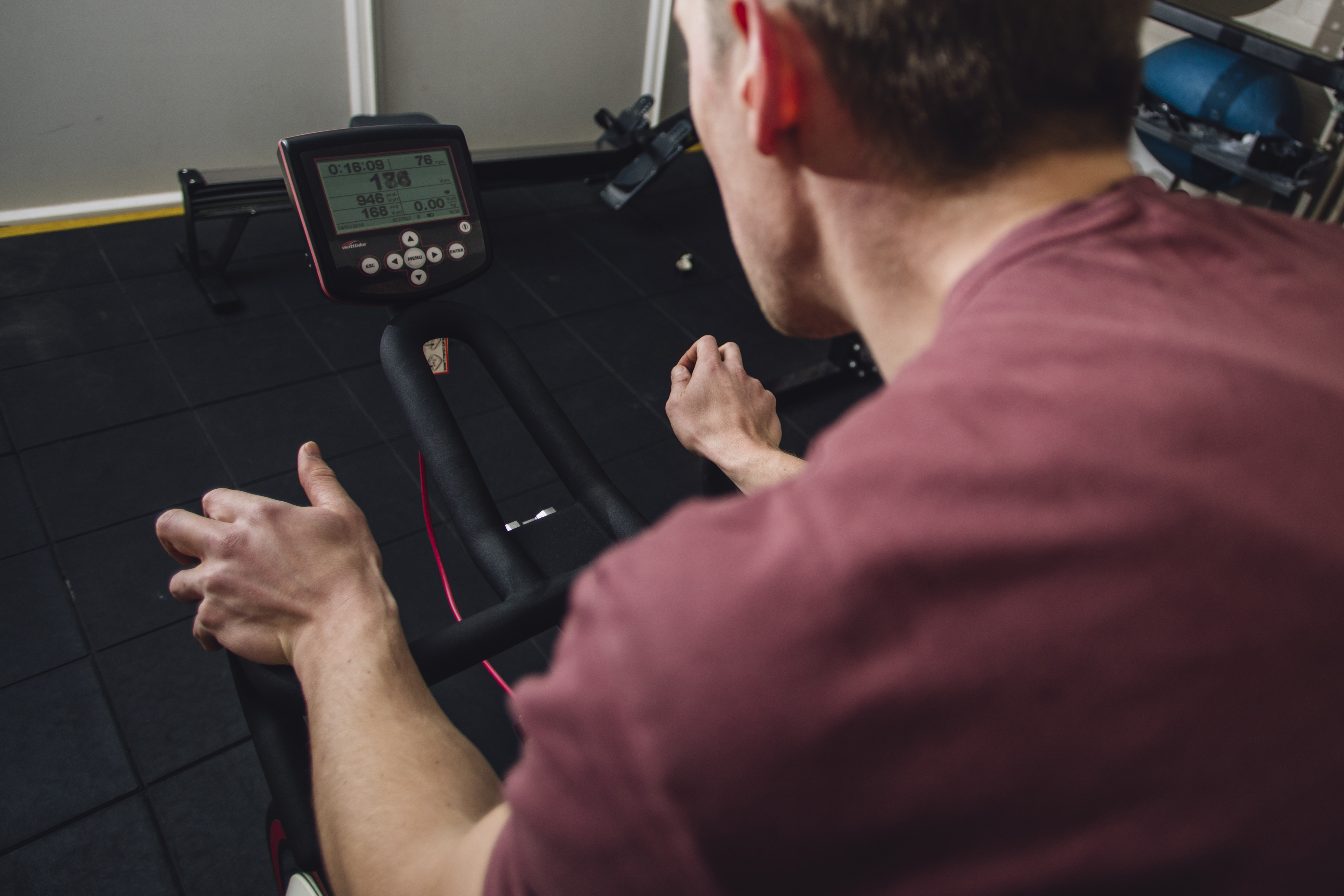 What is heart rate variability and can cyclists use it to avoid burn-out?