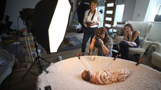10 baby portrait tips: Take beautiful newborn photographs at home!