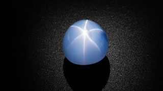 At 563 carats, the Star of India is the world's largest gem-quality blue star sapphire, and is approximately 2 billion years old.