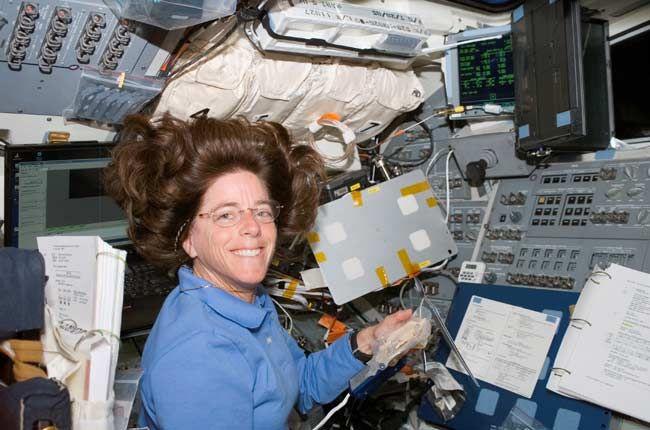 space shuttle challenger barbara morgan - photo #10