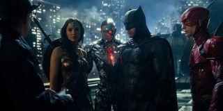 Wonder Woman, Cyborg, Batman, Flash in Justice League