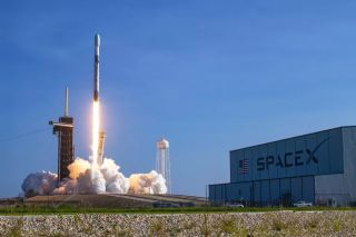 SpaceX will launch 60 new Starlink internet satellites from Pad 39A of NASA's Kennedy Space Center in Cape Canaveral, Florida on Sept. 28, 2020.Shown here: A different Falcon launches the Starlink 11 mission on Sept. 3 from the same pad.