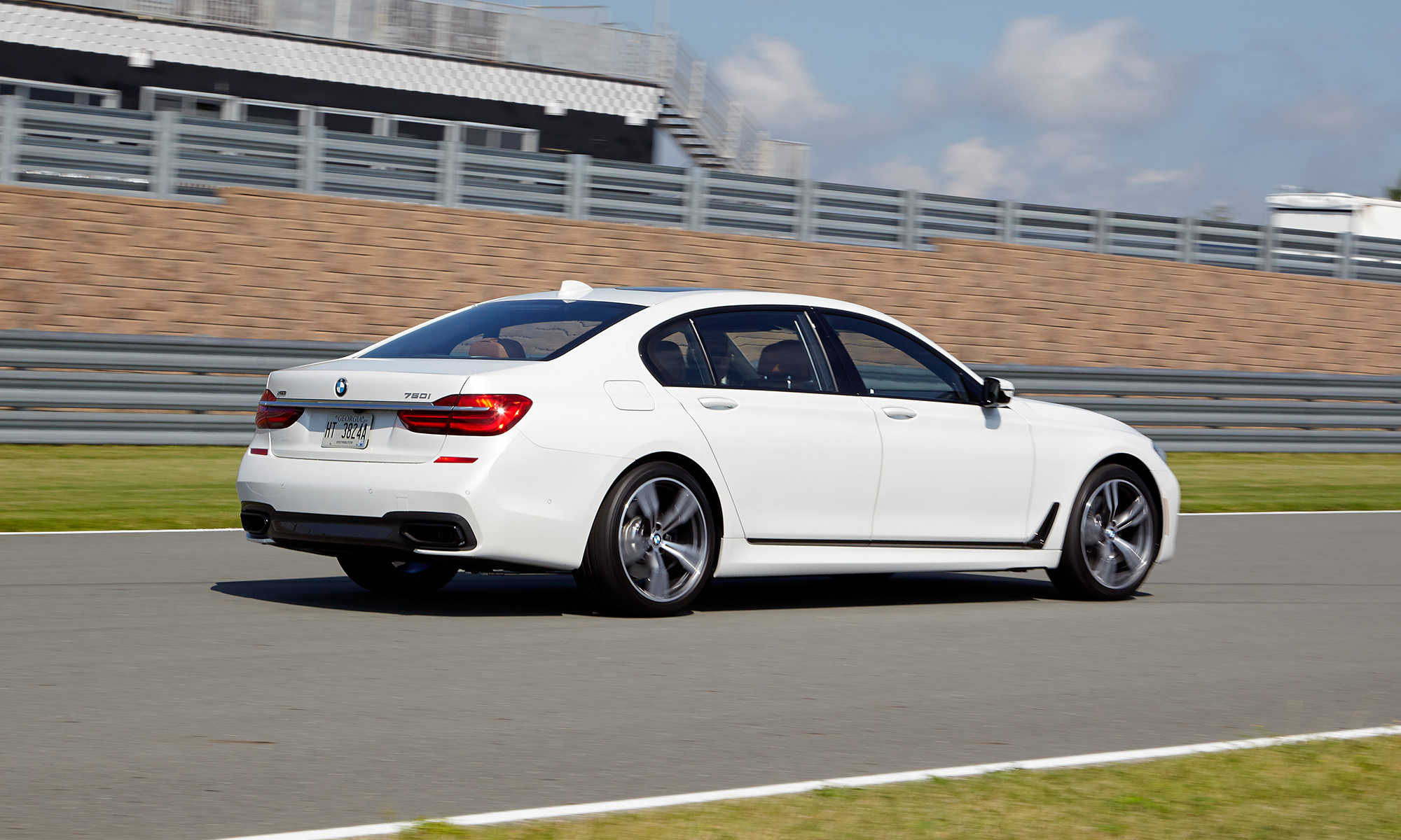 BMW 7 Series Tested: Here's The Tech You Get for $100K | Tom's Guide