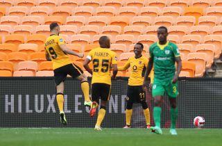 Khama Billiat of Kaizer Chiefs celebrates his goal with teammates