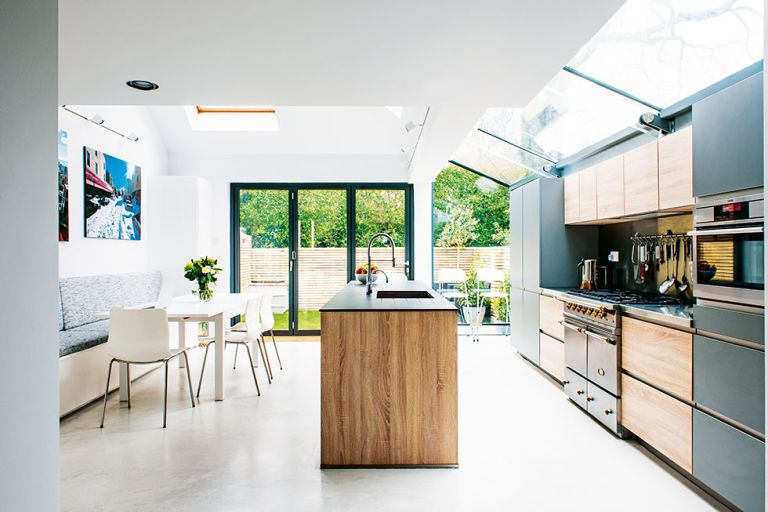 Real Home: A Glazed-roof Kitchen Extension