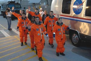 Shuttle Astronauts Ham it up in Launch Practice