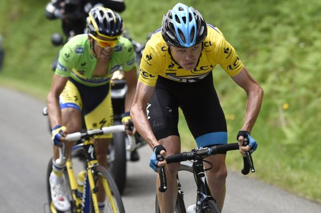 Chris Froome attacks Alberto Contador on stage two of the 2014 Criterium du Dauphine