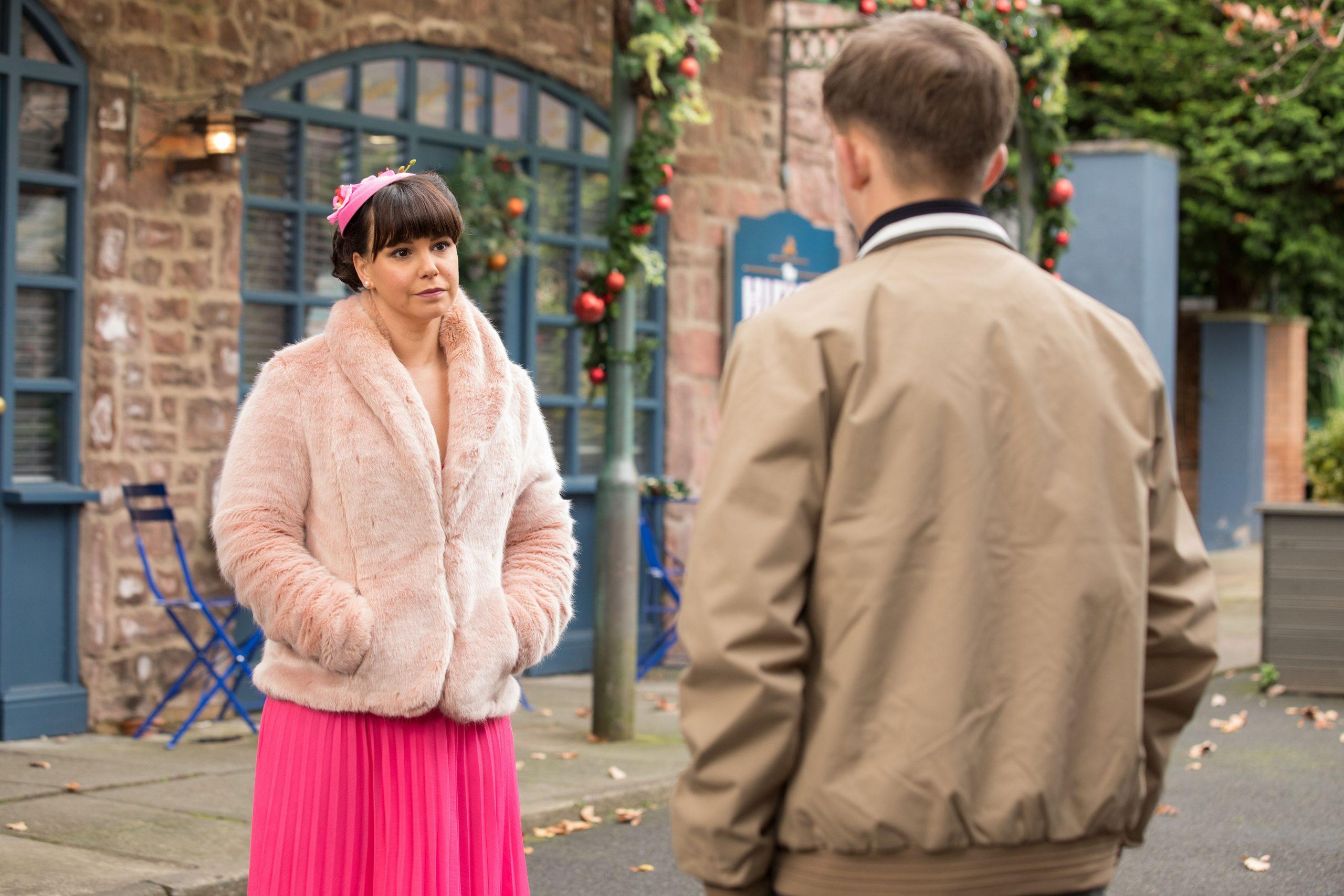 Nancy Osborne y Charlie en Hollyoaks