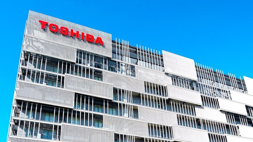 Toshiba CEO resigns following takeover offer
