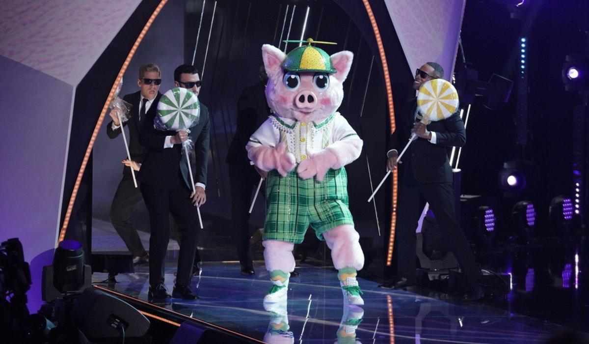 the masked singer season 5 piglet lollipops fox