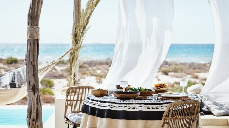 H&M launches new outdoor dining collection