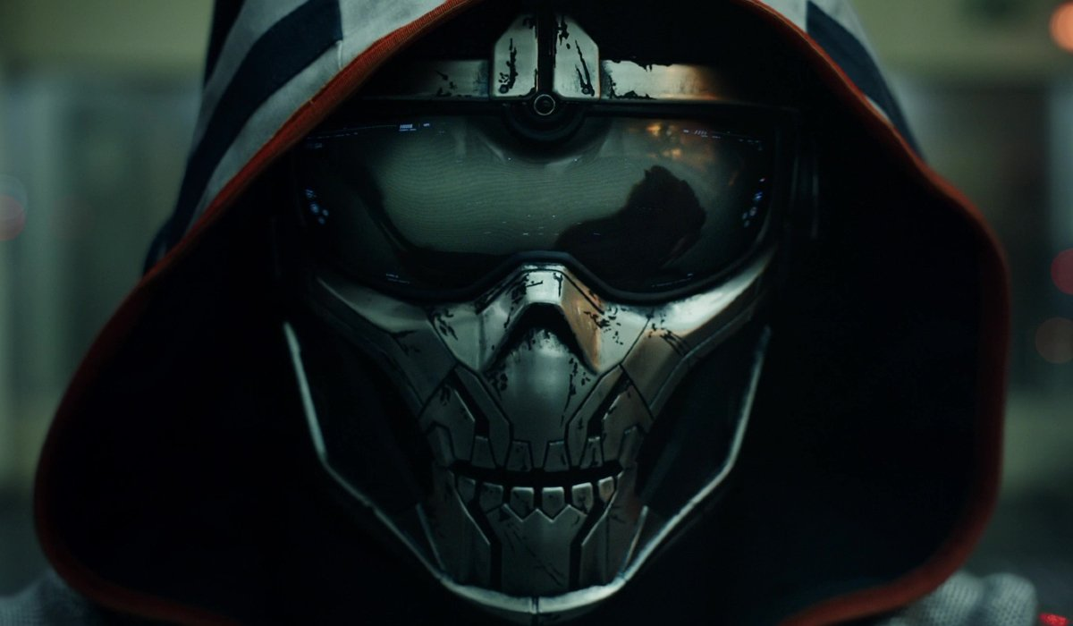 Taskmaster watching battle footage with its face mask on in Black Widow.